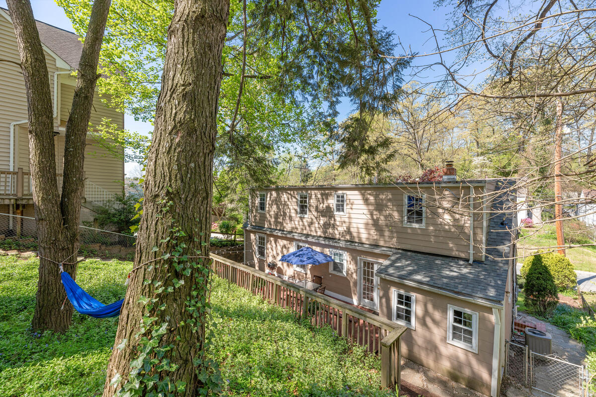 9705 Lorain Ave-039-041-Exterior-MLS_Size