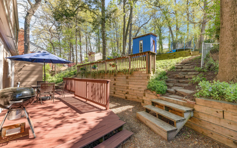 9705 Lorain Ave-041-033-Exterior-MLS_Size