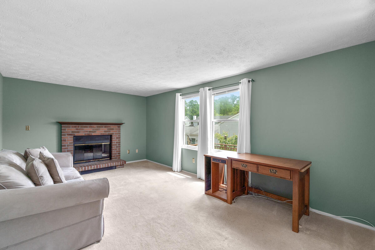 14909 Trailwood Pl-013-016-Interior-MLS_Size