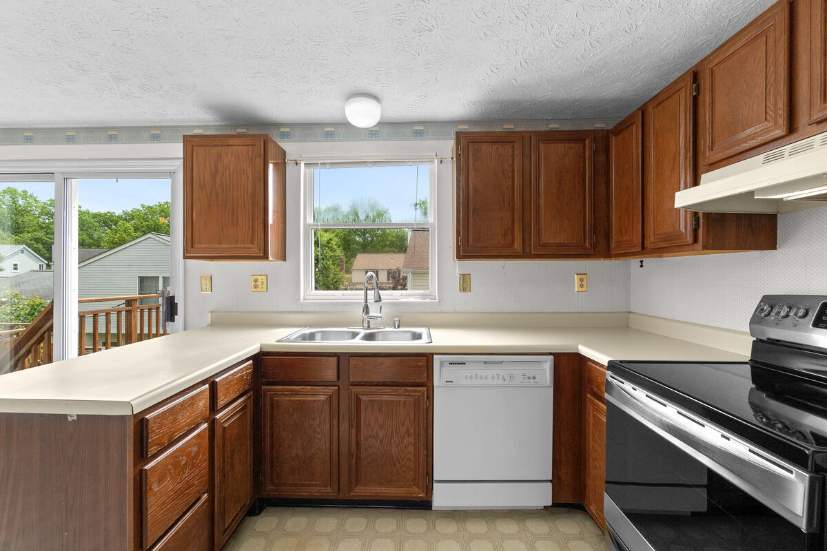 14909 Trailwood Pl-023-015-Interior-MLS_Size