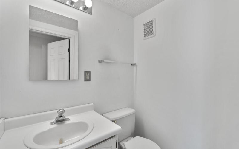 14909 Trailwood Pl-025-046-Interior-MLS_Size
