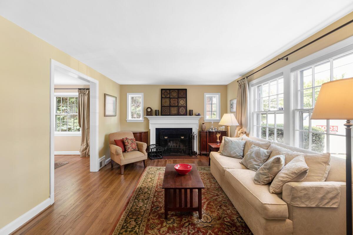 304 Whitestone Rd-008-024-Interior-MLS_Size