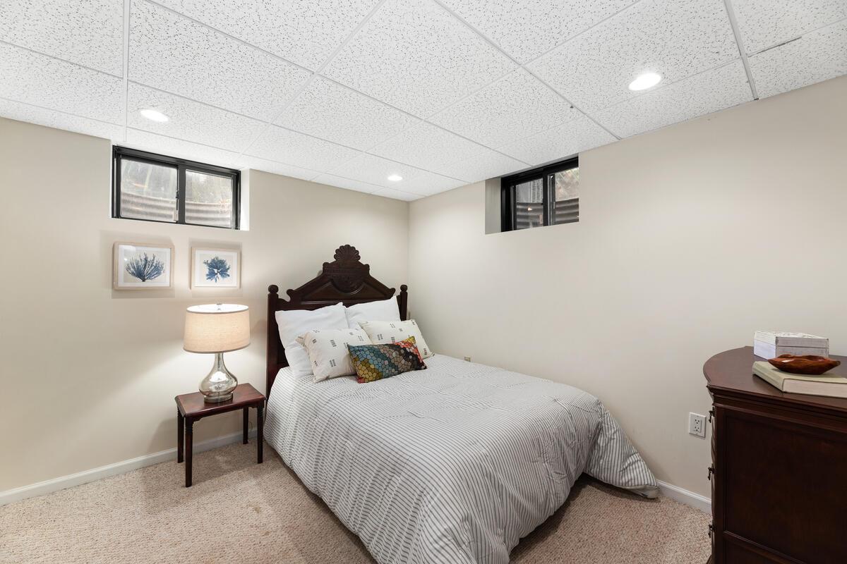 304 Whitestone Rd-039-006-Interior-MLS_Size