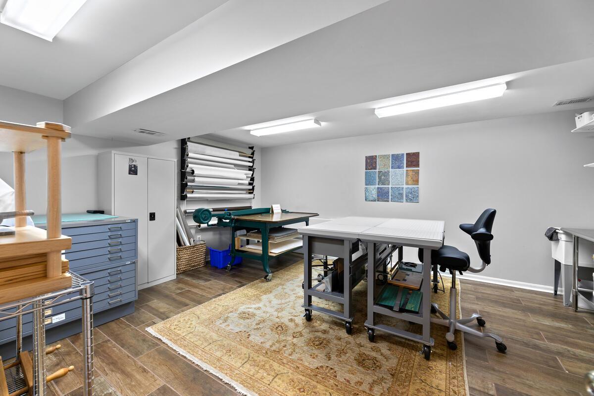 1403 Woodman Ave-036-018-Interior-MLS_Size