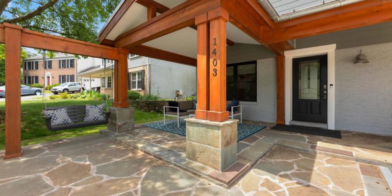 1403 Woodman Ave-044-013-Exterior-MLS_Size