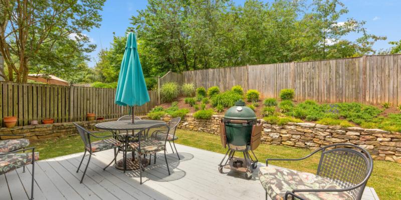 1403 Woodman Ave-046-027-Exterior-MLS_Size