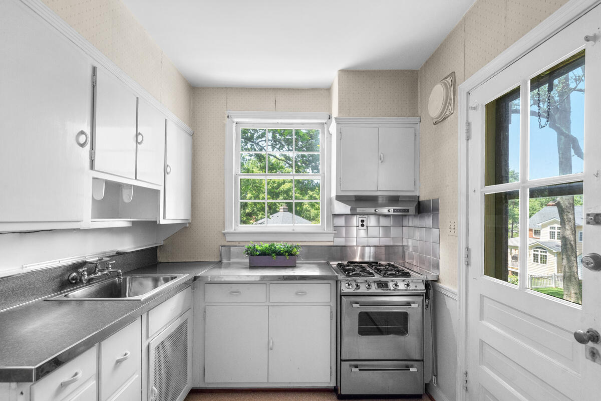 1709 Luzerne Ave-017-005-Interior-MLS_Size