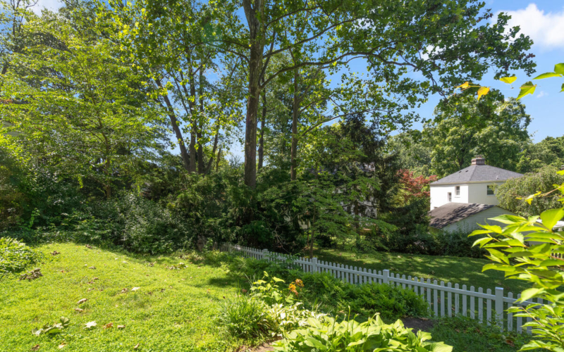 1709 Luzerne Ave-041-029-Exterior-MLS_Size