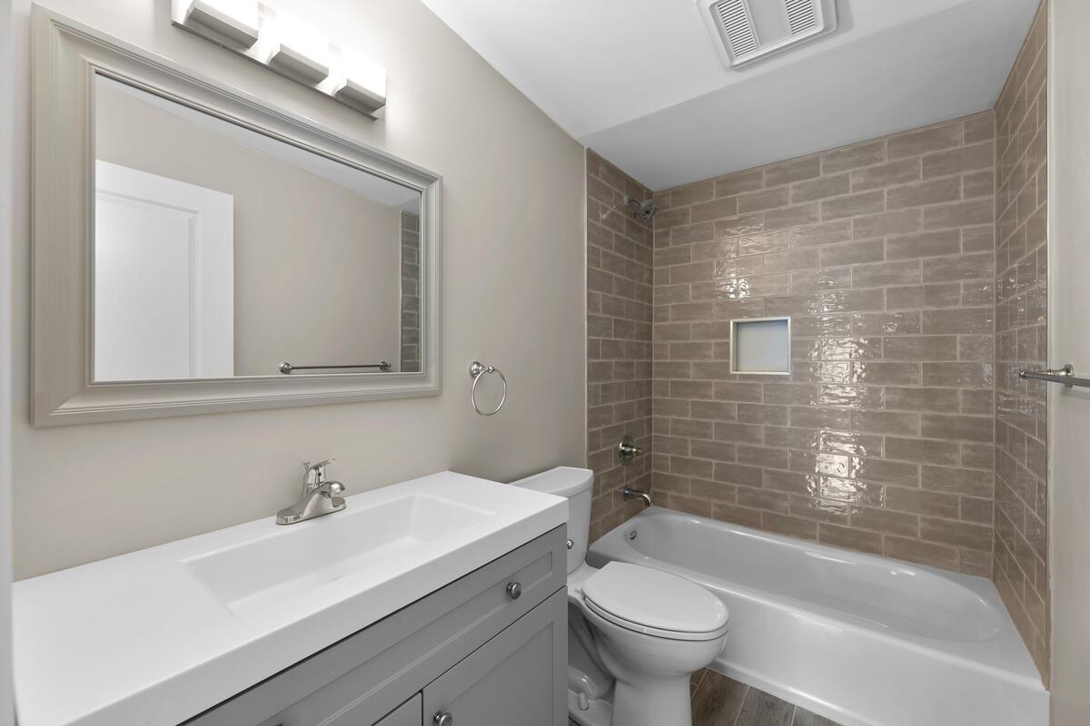 6106 39th Pl-025-018-Interior-MLS_Size