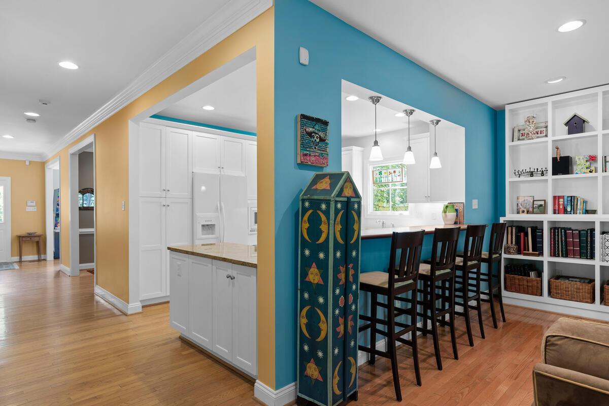 7002 Poplar Ave-036-035-Interior-MLS_Size
