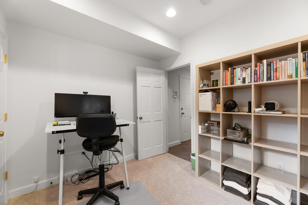 7002 Poplar Ave-059-047-Interior-MLS_Size