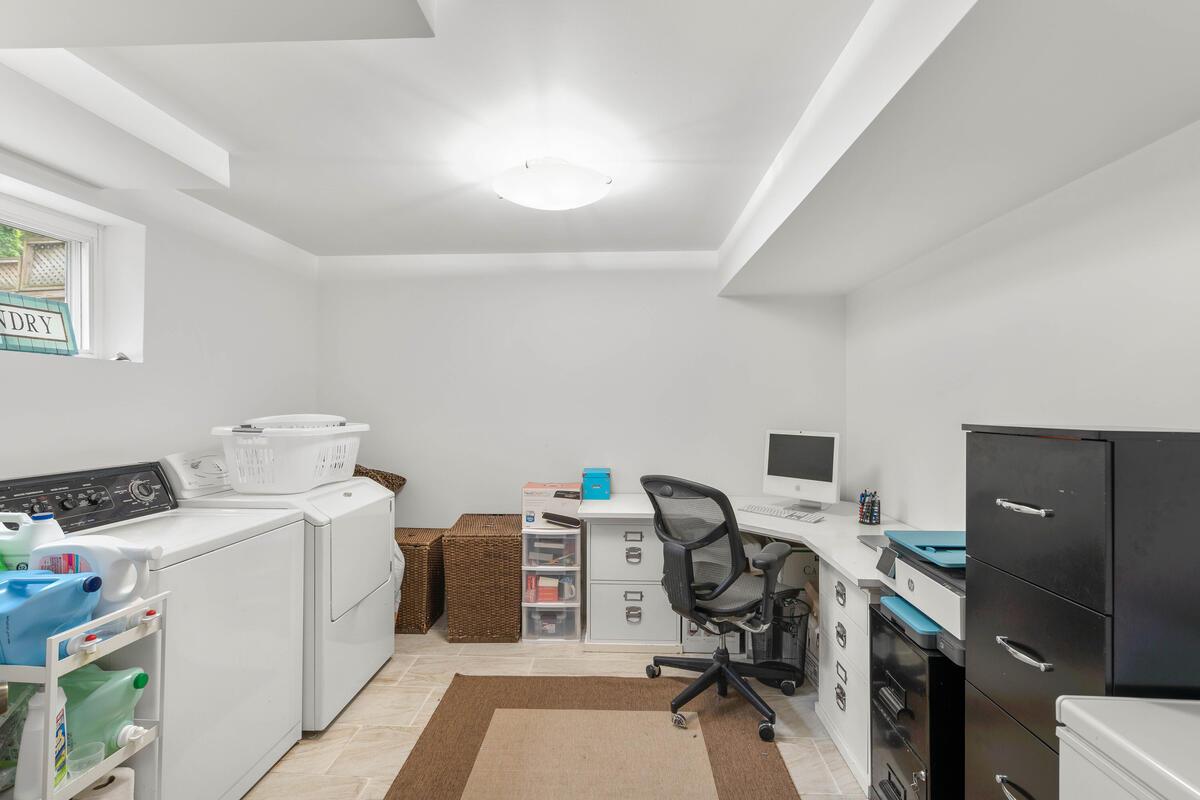 9811 Dallas Ave-038-008-Interior-MLS_Size