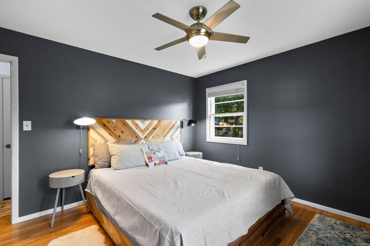 10609 Lilac Pl-026-029-Interior-MLS_Size