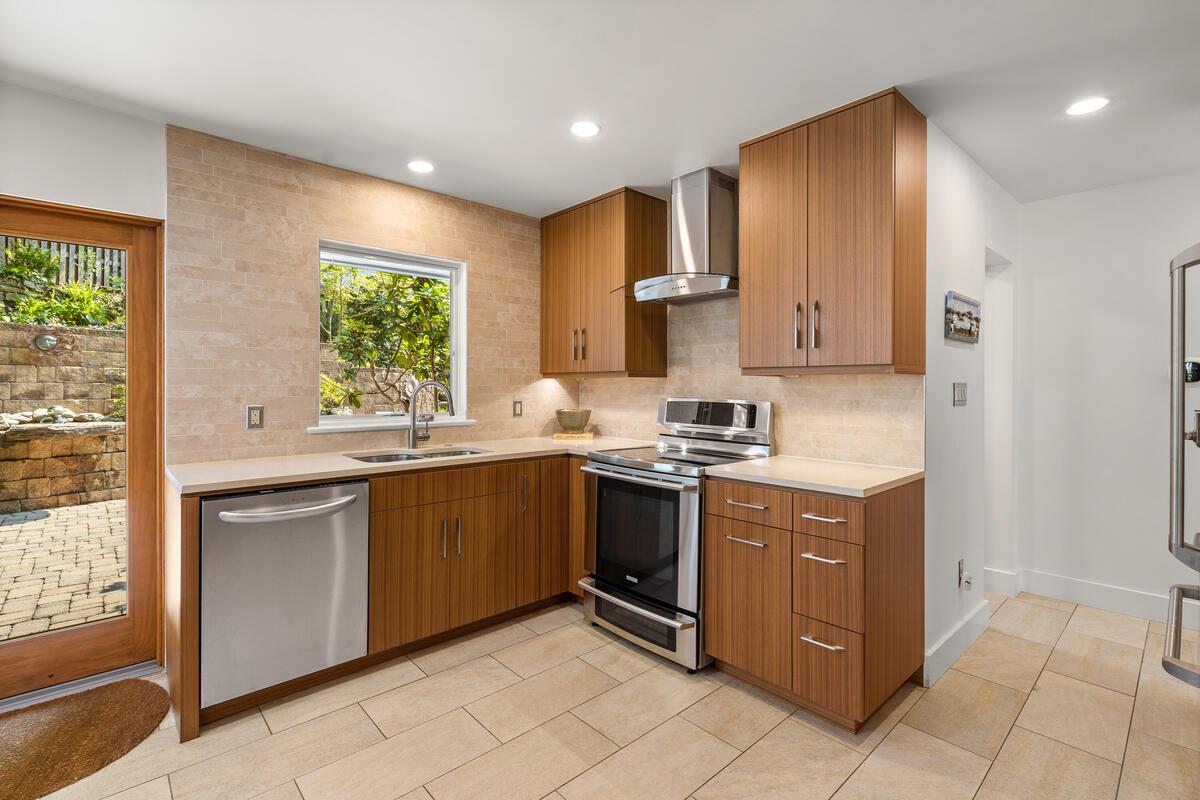 116 Sunnyside Rd-021-030-Interior-MLS_Size