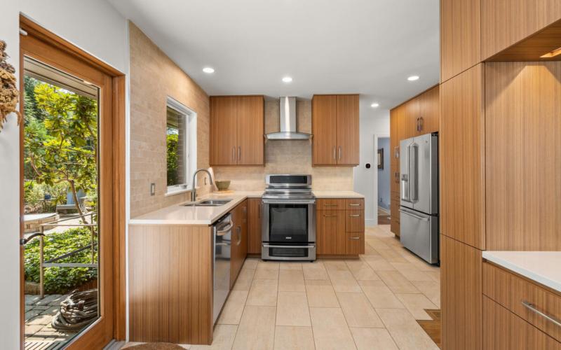 116 Sunnyside Rd-024-024-Interior-MLS_Size