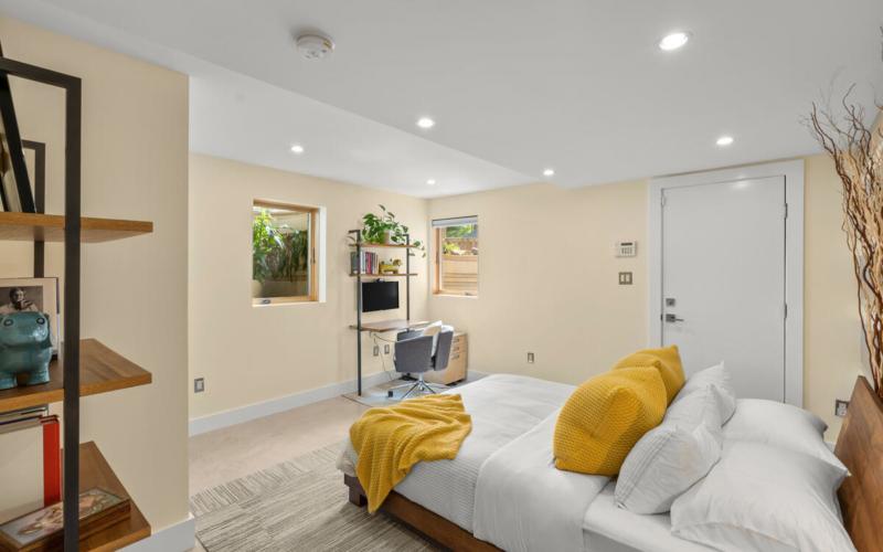 116 Sunnyside Rd-025-048-Interior-MLS_Size