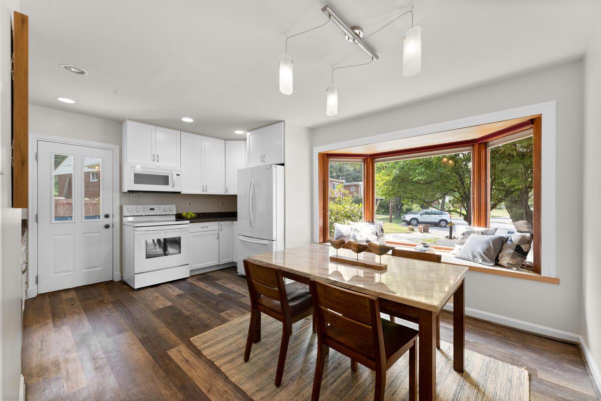 1600 Lansdowne Way-012-025-Interior-MLS_Size