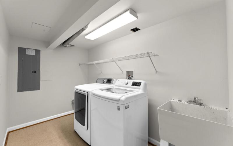 1600 Lansdowne Way-038-007-Interior-MLS_Size