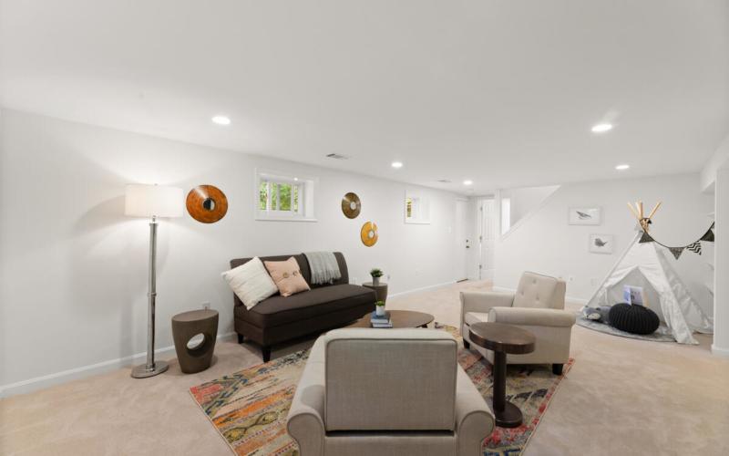 1600 Lansdowne Way-044-004-Interior-MLS_Size