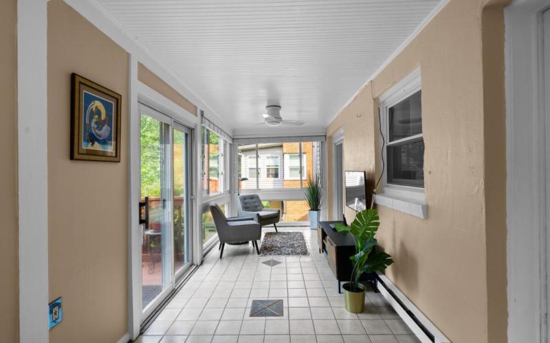 205 Hodges Ln-021-019-Interior-MLS_Size