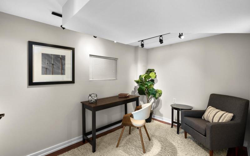 2102 Luzerne Ave-040-020-Interior-MLS_Size