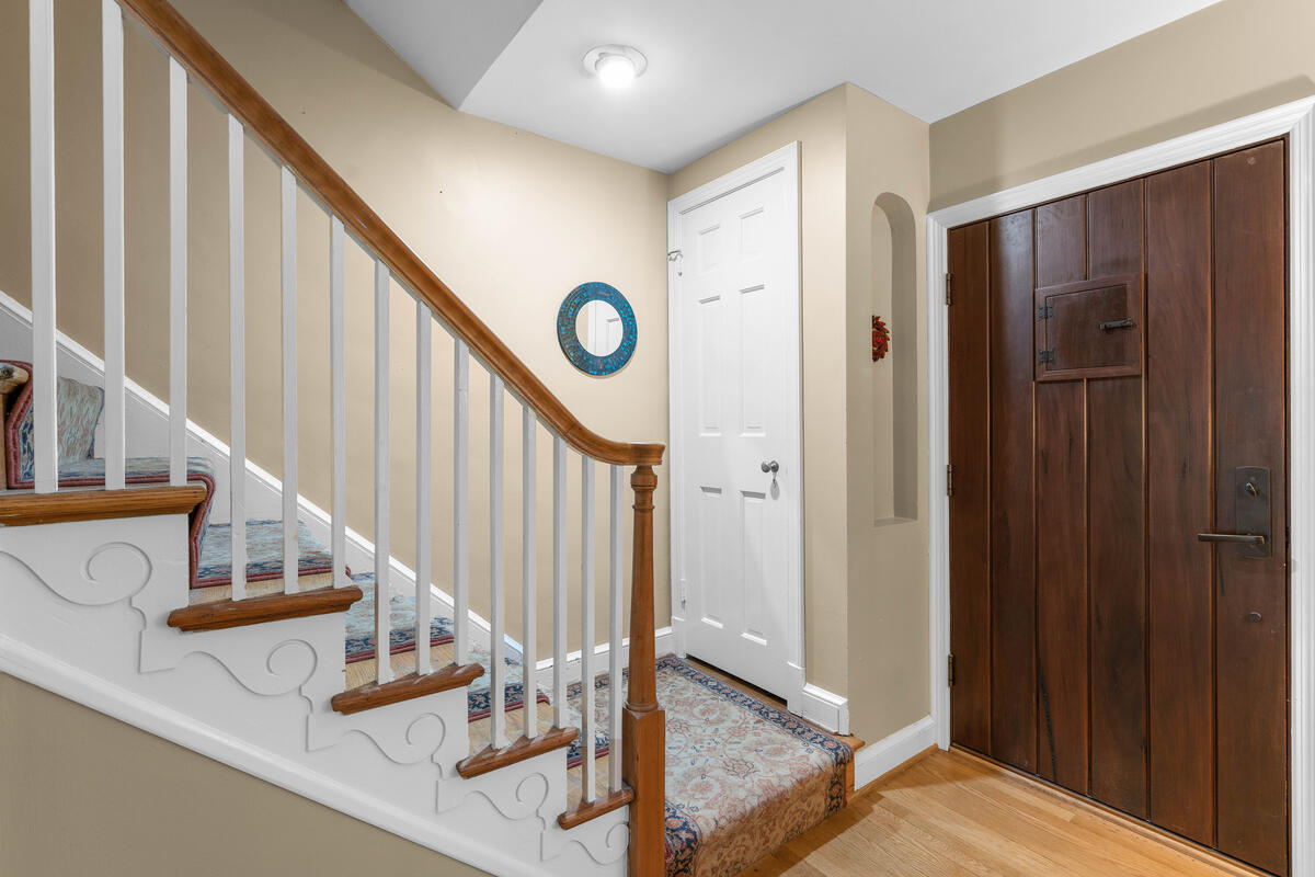 306 Windsor St-009-067-Interior-MLS_Size