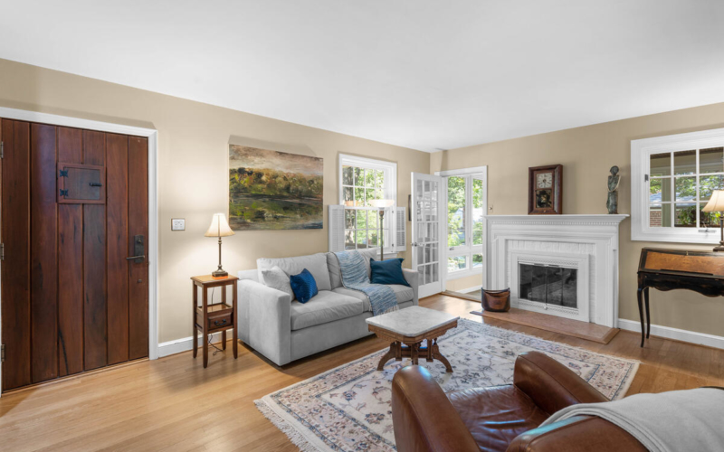 306 Windsor St-011-064-Interior-MLS_Size