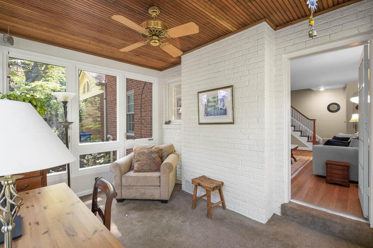 306 Windsor St-015-063-Interior-MLS_Size