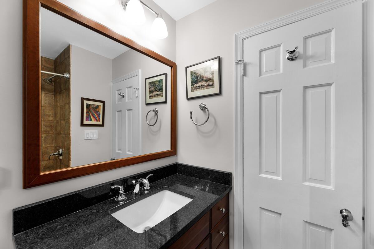 306 Windsor St-042-052-Interior-MLS_Size