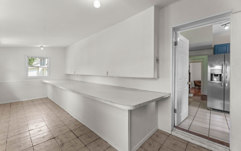 4504 Riverdale Rd-034-001-Interior-MLS_Size