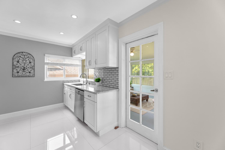 8608 Jones Mill Rd-large-016-034-Interior-1500×1000-72dpi