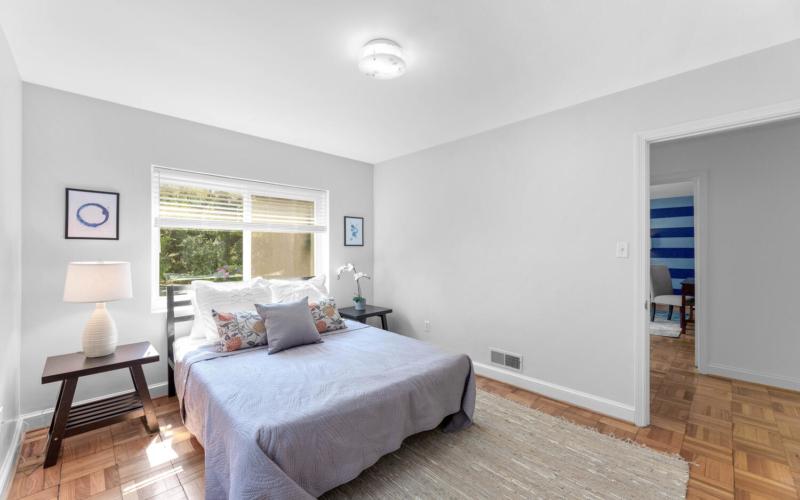 8608 Jones Mill Rd-large-027-003-Interior-1500×1000-72dpi