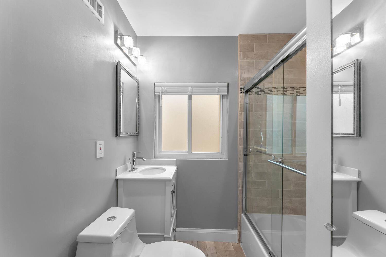 8608 Jones Mill Rd-large-029-005-Interior-1500×1000-72dpi