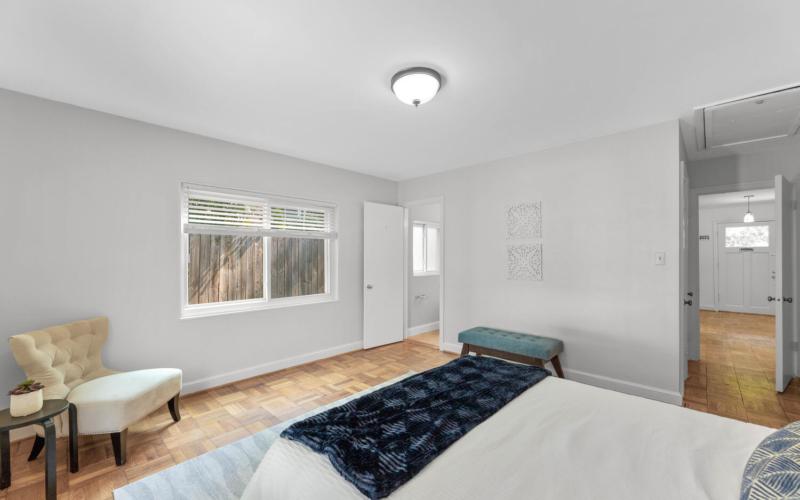 8608 Jones Mill Rd-large-033-006-Interior-1500×1000-72dpi