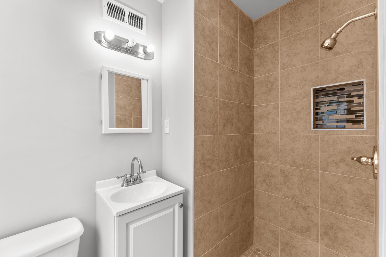 8608 Jones Mill Rd-large-035-026-Interior-1500×1000-72dpi