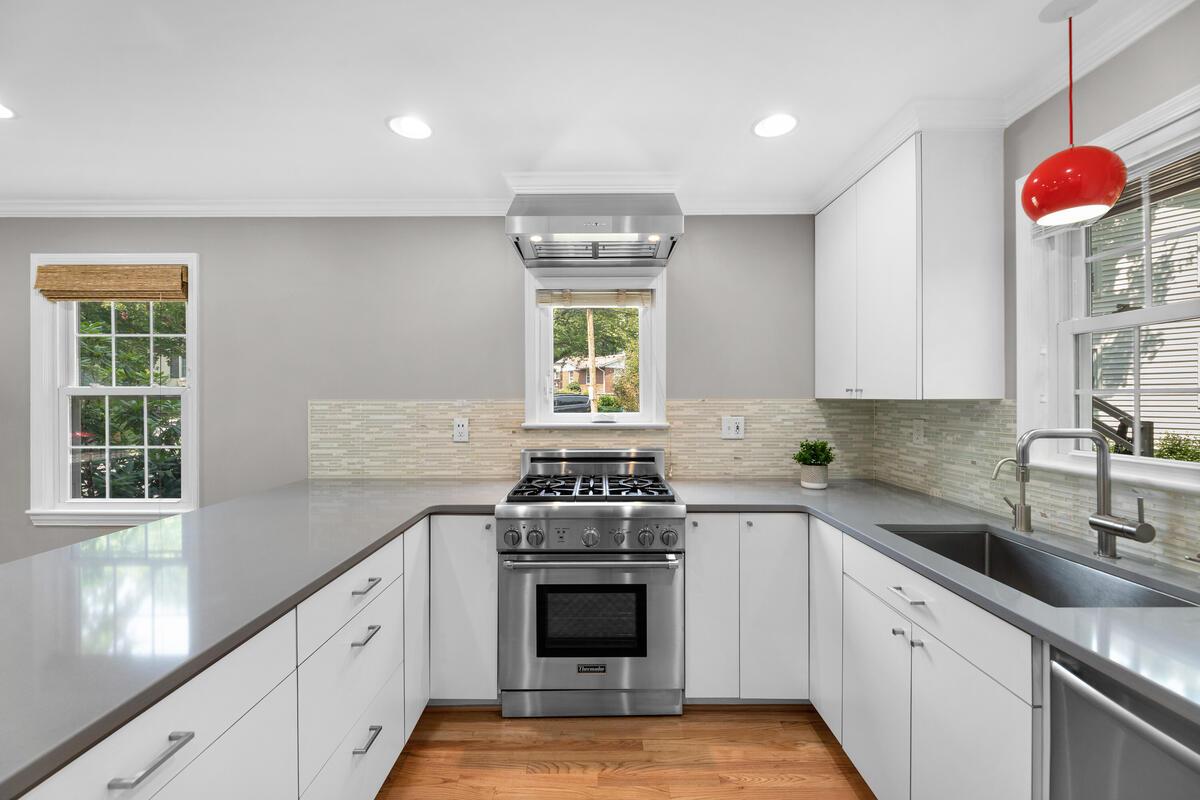 10101 Grant Ave-023-006-Interior-MLS_Size