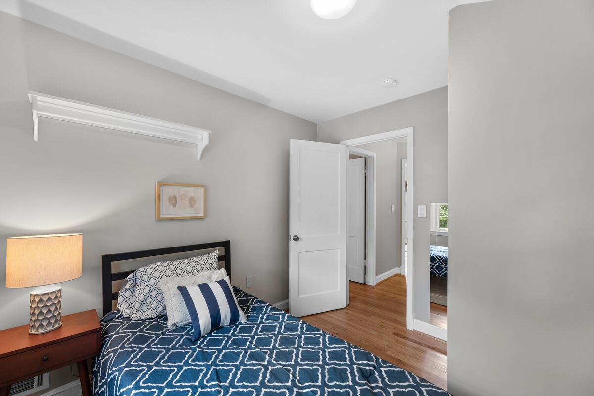 10101 Grant Ave-029-011-Interior-MLS_Size