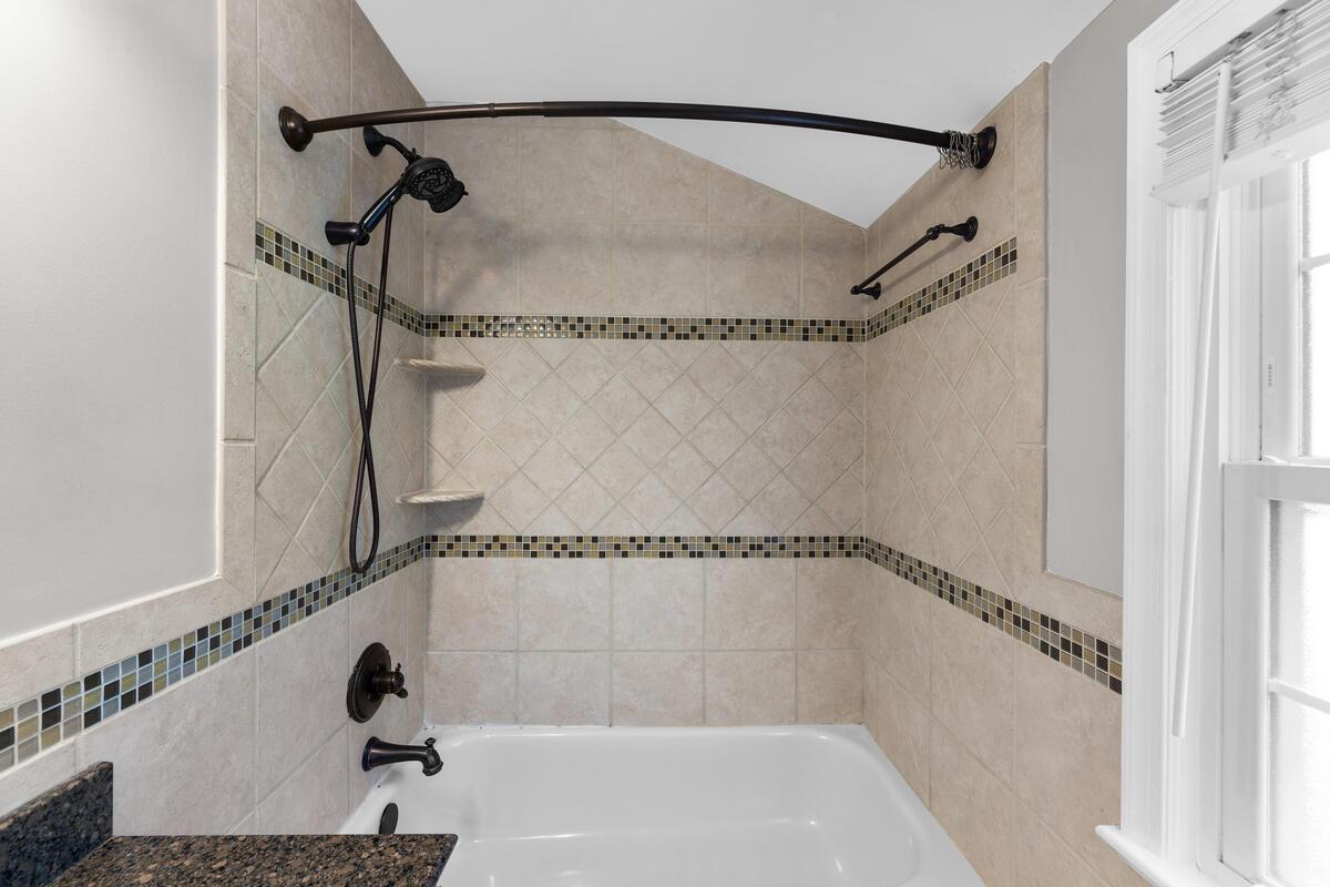 10101 Grant Ave-038-024-Interior-MLS_Size