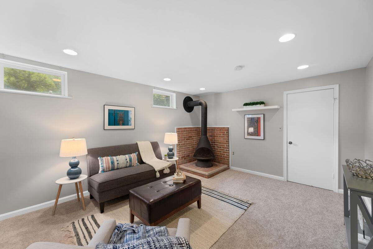 10101 Grant Ave-040-002-Interior-MLS_Size