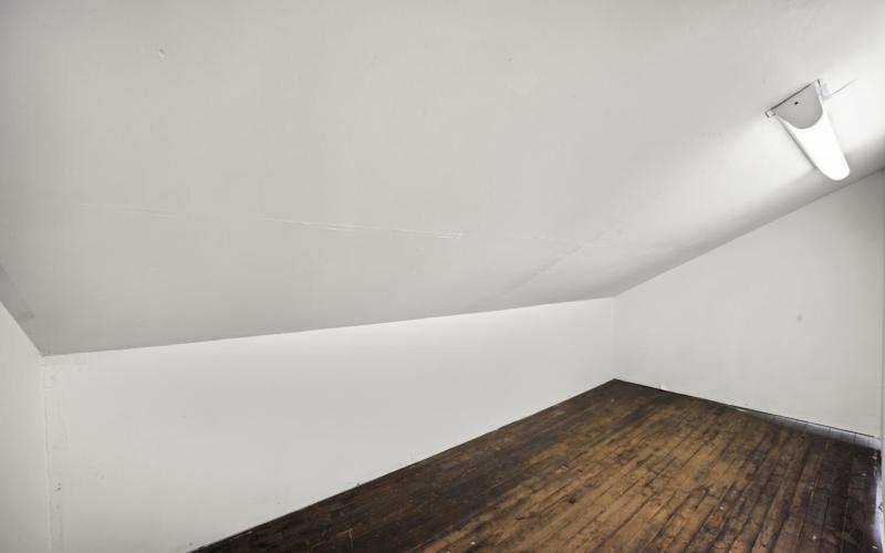 1600 Newton St NE-large-035-016-Interior-1500×1000-72dpi