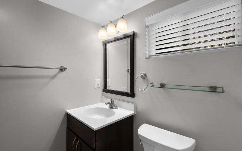 618 Woodside Pkwy-039-003-Interior-MLS_Size