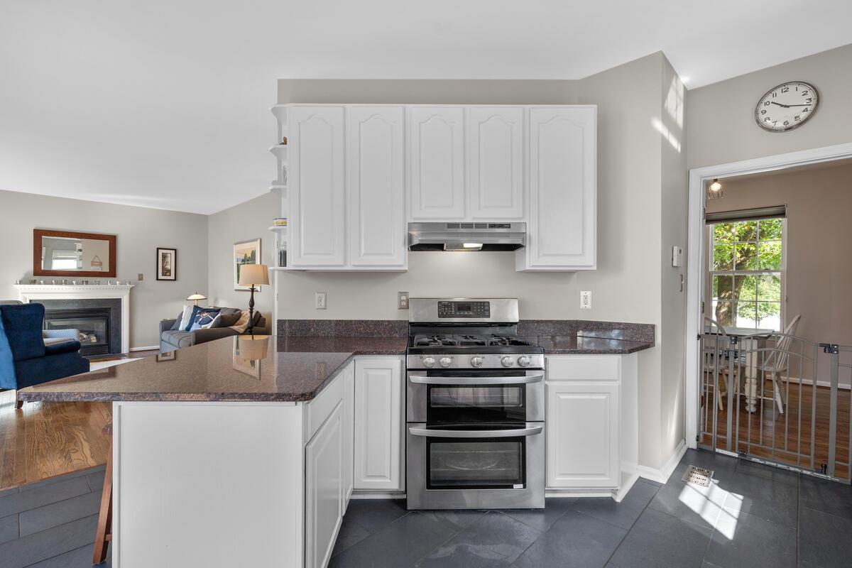 1314 Wheaton Ln-020-039-Interior-MLS_Size
