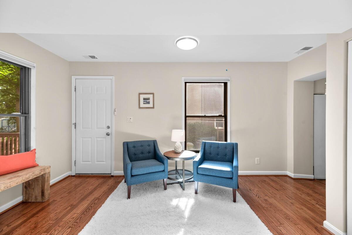 1604 Highland Dr-016-014-Interior-MLS_Size