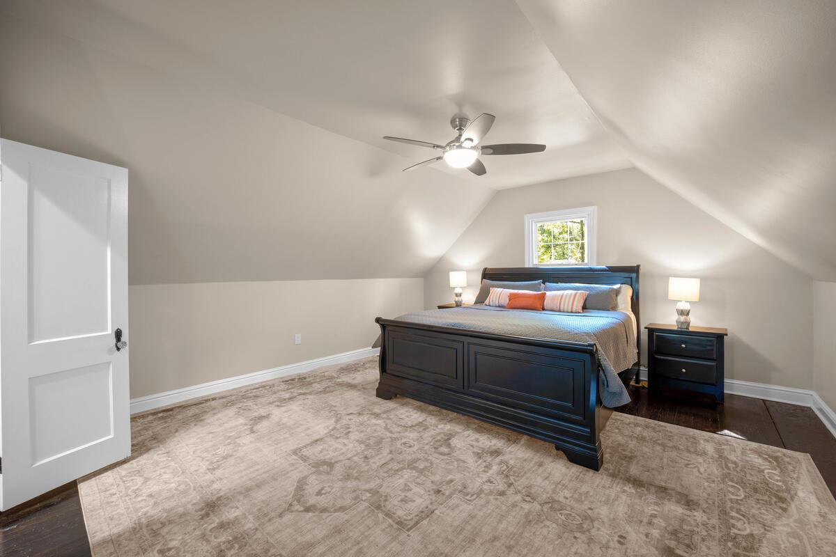 3914 Livingston St-029-019-Interior-MLS_Size