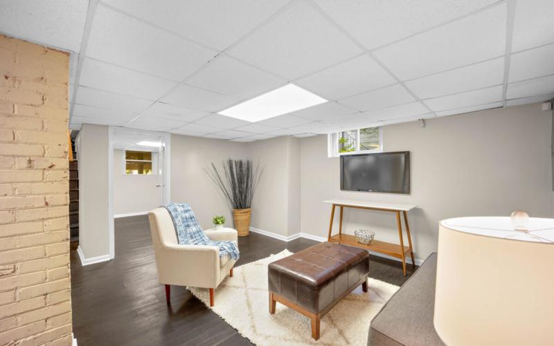 3914 Livingston St-036-009-Interior-MLS_Size