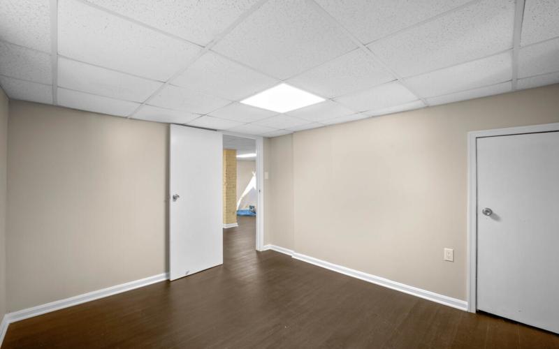 3914 Livingston St-039-012-Interior-MLS_Size