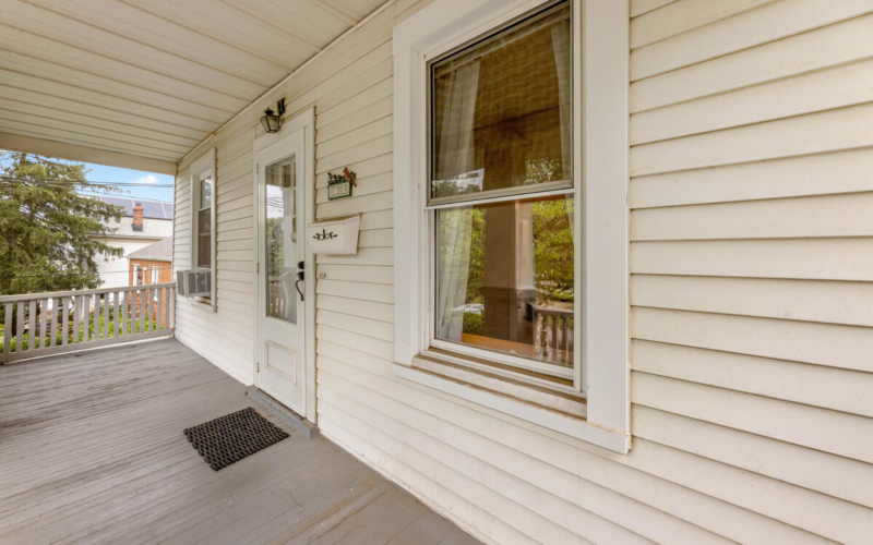 4111 32nd St-008-014-Exterior-MLS_Size