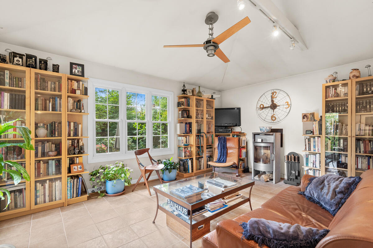 420 Deerfield Ave-018-031-Interior-MLS_Size