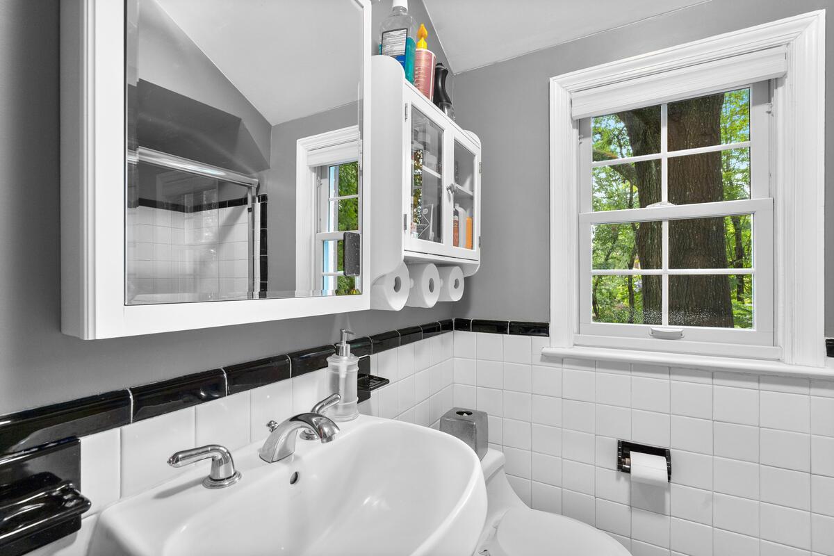 420 Deerfield Ave-026-017-Interior-MLS_Size