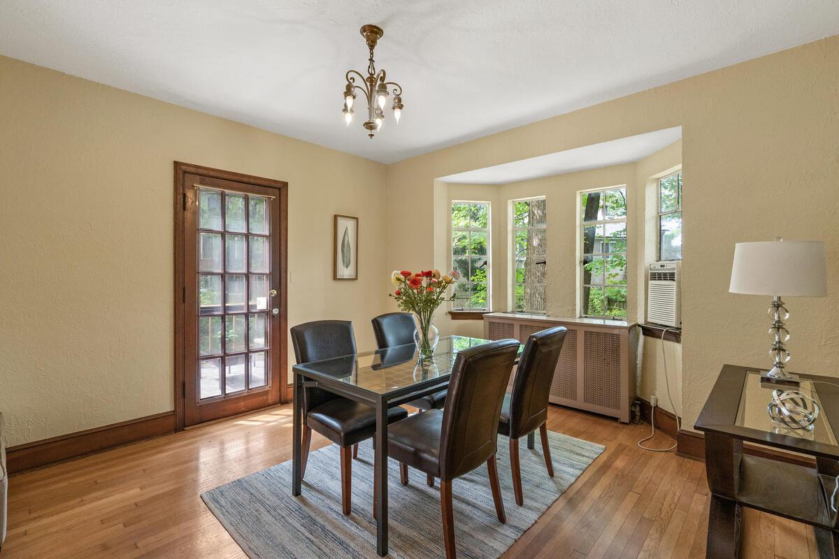 6 Midhurst Rd-020-022-Interior-MLS_Size